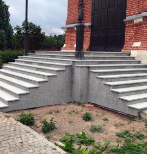 Лестница-гранит-Роял-Вайт-1-1